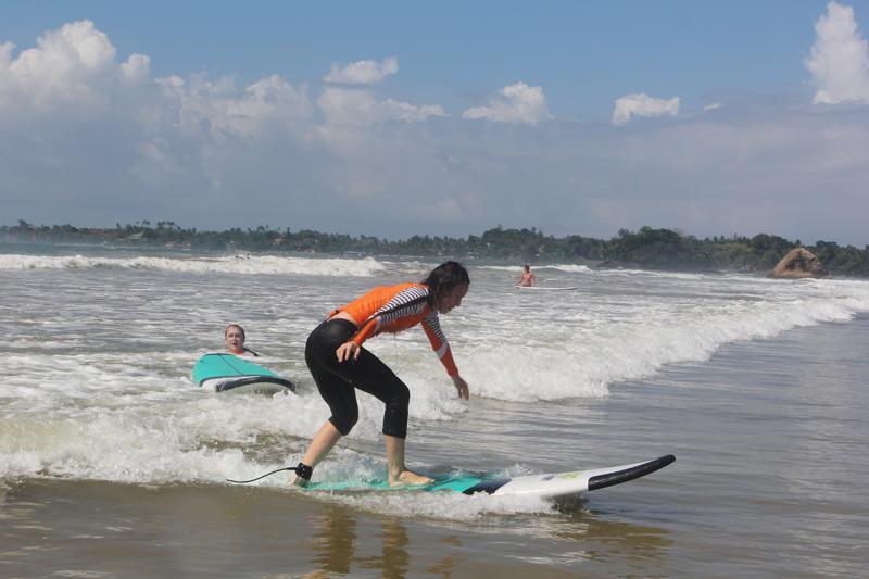 серфим на Шри-Ланке